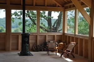 Une salle perchée dans les arbres