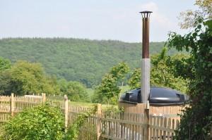 Hot tub en plein air vers Honfleur en Normandie à l'arbre aux étoiles